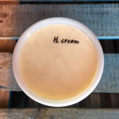 Heavy Cream – A2/A2 – Plastic